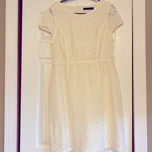 White cap sleeve laced dress